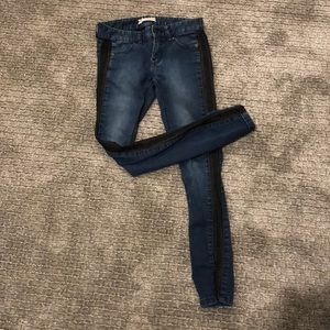 Size 25 free people jeans!